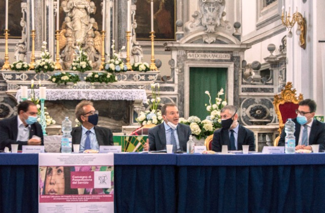 """""""Il Progetto P.I.T.E.R., nel Rione Sanità di Napoli, è un progetto virtuoso e molto positivo"""". lo hanno detto al convegno di presentazione del servizio, svoltosi alla Basilica """"Santa Maria degli Angeli alle Croci"""", gremita di gente."""